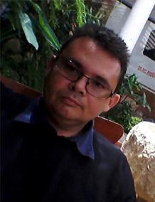 Prof-Ismar